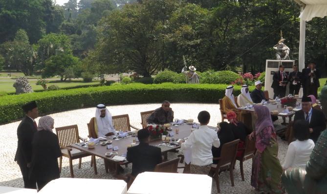 20180506ndy-suasana lunch konferensi ulama